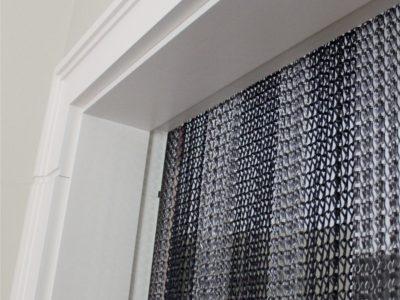 Zasłona drzwiowa z aluminiowych łańcuszków - Poppa
